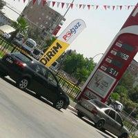 Photo taken at Avşaroğlu Petrol by Mehmet A. on 7/6/2017