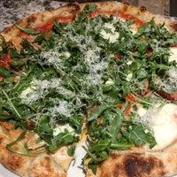 1/8/2017にAndreがVarasano's Pizzeriaで撮った写真