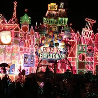 Photo taken at It's a Small World by Tosha K. on 12/14/2012