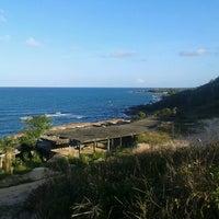 Photo taken at Enseada dos Corais by Keize Lorrane H. on 12/27/2012