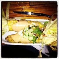 Photo prise au La Salle à Manger par Crystal K. le9/29/2012