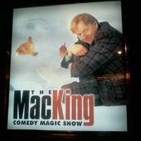 Foto tirada no(a) The Mac King Comedy Magic Show por Gabriel G. em 11/23/2012