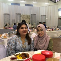 Photo taken at Dewan MBSA Bukit Naga , Seksyen 32 , Shah Alam by Wanny S. on 3/10/2018