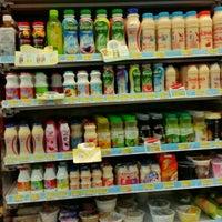 Photo taken at 7-Eleven by ชัยวัฒน์ (. on 8/3/2015