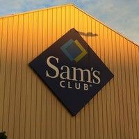 Photo taken at Sam's Club by Carlos R. on 11/16/2012