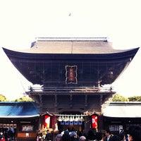Photo taken at Hakozakigu Shrine by shunsuke t. on 1/4/2013