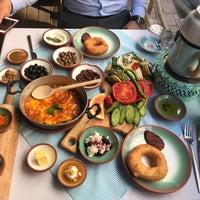 5/3/2018 tarihinde Ercan O.ziyaretçi tarafından Bazlama Kahvaltı & Brunch'de çekilen fotoğraf
