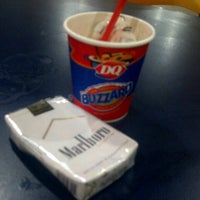 Photo taken at Dairy Queen by Vianca T. on 11/18/2012