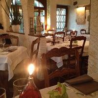 Photo prise au Restaurant du Cheval Blanc par Je suis S. le4/12/2013