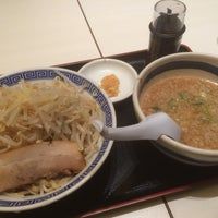 Photo taken at 大勝軒 麺屋こうじ 越谷レイクタウン by くど on 8/28/2015