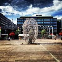 Photo taken at Hub Helsinki by Вадик Р. on 8/13/2013