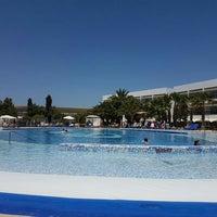 Photo taken at Swimming Pool Palladium by Maarten L. on 7/6/2016