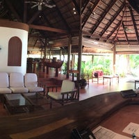 Photo taken at Athiri Lounge by Hussen F. on 3/11/2014