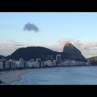 Das Foto wurde bei Copacabana Rio Hotel von Kary M. am 11/29/2012 aufgenommen