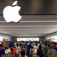 Photo taken at Apple Morumbi by Marcelo A. on 4/19/2015