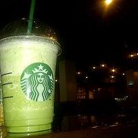 Photo taken at Starbucks by Jivian C. on 5/23/2013