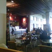 Photo taken at Juan Valdez Café by Héctor H. on 12/14/2012