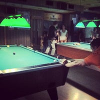 Photo taken at Sharkies Bar & Thrifty Bottle Shop by Eric Z. on 9/6/2013