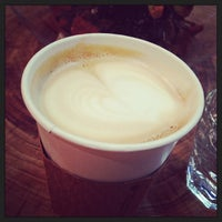 9/28/2013 tarihinde Brian M.ziyaretçi tarafından Menagerie Coffee'de çekilen fotoğraf
