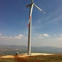 Photo taken at Güriş Holding 115 MW Dinar Rüzgar Enerji Santralı by Sinan T. on 4/4/2014
