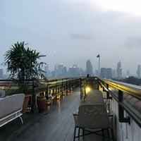 La Vue Rooftop & Bar, The Hermitage Jakarta - Menteng ...
