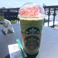 Photo taken at Starbucks by ksbwj h. on 4/10/2017