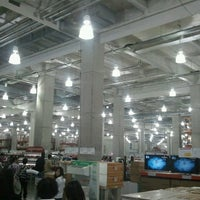 Photo taken at Costco by Tadashi A. on 5/3/2013