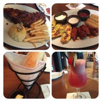 Photo taken at Tony Roma's Ribs, Seafood, & Steaks by Wendha T. on 3/3/2013