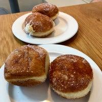 7/21/2018 tarihinde Maurizioziyaretçi tarafından General Porpoise Coffee & Doughnuts'de çekilen fotoğraf