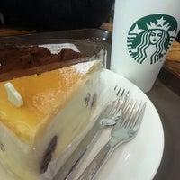 Photo taken at Starbucks by 압달라 on 3/24/2013
