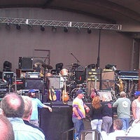 Photo prise au Greenfield Lake Amphitheater par Tony C. le4/24/2013