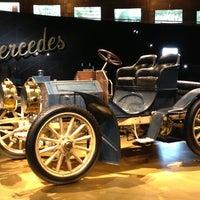 Das Foto wurde bei Mercedes-Benz Museum von Саша Б. am 4/21/2013 aufgenommen