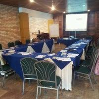 Photo taken at Sorocaba Park Hotel by #Beta Joyce A. on 11/9/2012