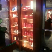 Foto tirada no(a) Elizabeth Arden Red Door Spa por ✨✨The Zahir✨✨ em 6/1/2013
