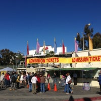Photo taken at Rose Bowl Flea Market and Market Place by Lucyn W. on 11/11/2012