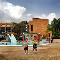 Photo taken at Las Olas Club Resort by Efrain L. on 6/14/2014