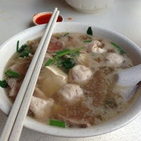 Photo taken at Cheng Mun Chee Kee Pig Organ Soup by Russell T. on 10/23/2012