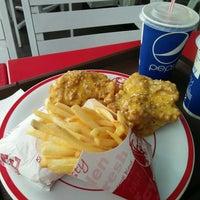 Photo taken at KFC by Dwi Meilisa F. on 10/29/2016