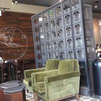 2/19/2018 tarihinde Fernando B.ziyaretçi tarafından Starbucks'de çekilen fotoğraf