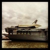 Photo prise au Space Shuttle Pavilion at the Intrepid Museum par Arnab M. le12/9/2012