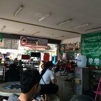 Photo taken at เพื่อน ล้างอัดฉีดมอเตอร์ไซค์ by DJ John on 12/9/2015