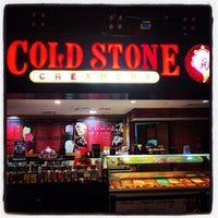 Photo taken at Cold Stone Creamery by Joyce C. on 12/4/2014