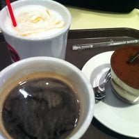 Photo taken at Caffe Pascucci by DDong D. on 3/22/2013