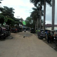 Photo taken at Pasar Cinde by Oxeey O. on 1/7/2016