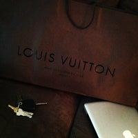 Photo taken at Louis Vuitton Farmington Westfarms by Taysha A. on 9/8/2013