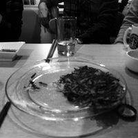 Photo taken at 쫄깃쎈타 by Taehyun S. on 11/1/2015