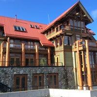 Photo taken at Whiskey Landing Lodge by Wellington W. on 3/22/2014