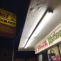 1/12/2017 tarihinde MARiCELziyaretçi tarafından El Sauz Tacos'de çekilen fotoğraf