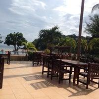 Photo taken at Kaw Kwang Beach Resort by Savva 🍷 E. on 11/17/2014
