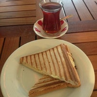 Photo taken at Elvish Inn by Sinan E. on 11/8/2012